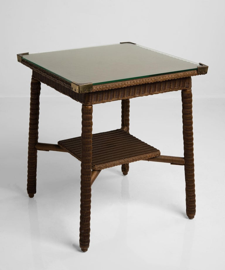Lloyd Loom Table, England, circa 1920 In Good Condition For Sale In Culver City, CA