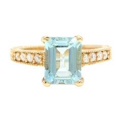 3.20 Carats Impressive Natural Aquamarine and Diamond 14K Yellow Gold Ring