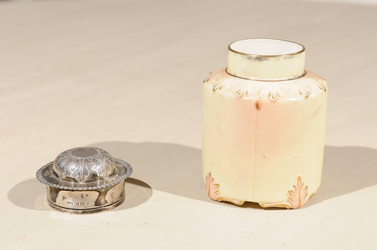 Locke & Co Worcester Porcelain Toiletry Jar with Silver Top, Turn of the Century For Sale 1