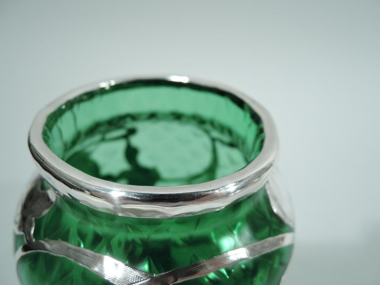 Loetz Art Nouveau Green Quilted Vase with Silver Overlay by La Pierre In Excellent Condition In New York, NY
