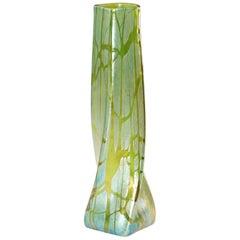 Loetz Creta Pampas Iridescent Glass Vase, circa 1900