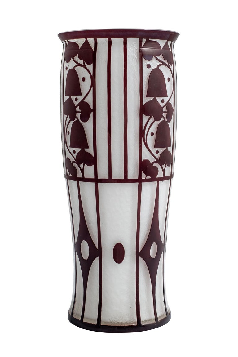 Josef Hoffmann was one of the most important designers of Viennese Jugendstil; his strength of design had a decisive influence on the Viennese art scene from 1900-1935. In 1911, the Austrian Museum of Art and Industry (ÖMKI) commissioned Hoffmann