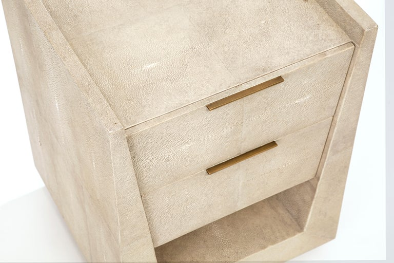 French Lola Bedside Table in Cream Shagreen and Bronze-Patina Brass by R&Y Augousti For Sale