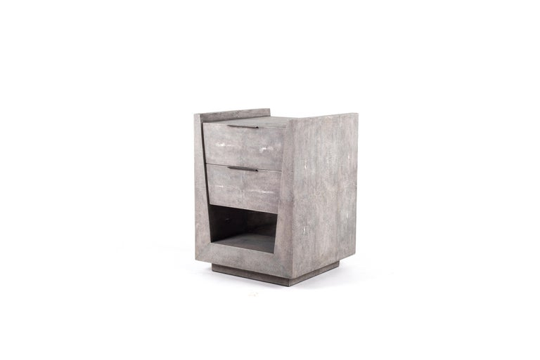 Hand-Crafted Lola Bedside Table in Cream Shagreen and Bronze-Patina Brass by R&Y Augousti For Sale