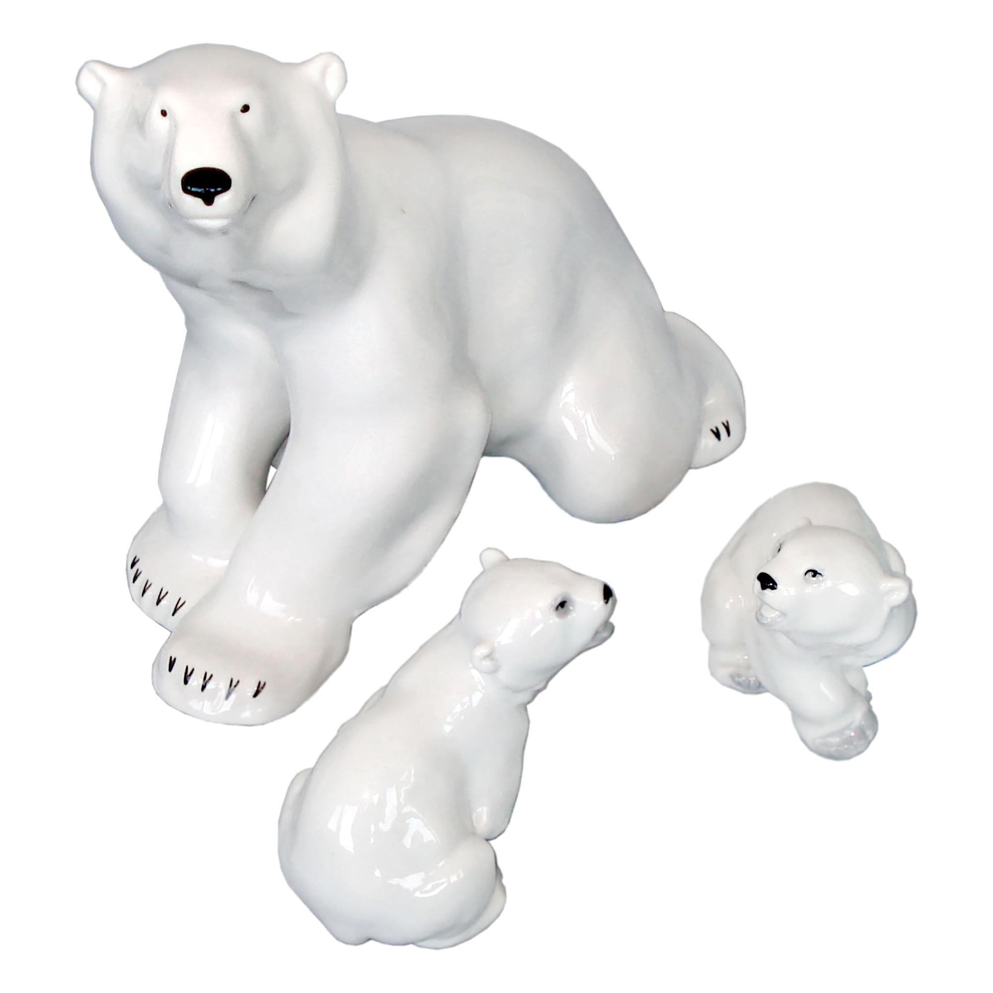 Lomonosov, 1960s, Porcelain Polar Bear and Two Cubs