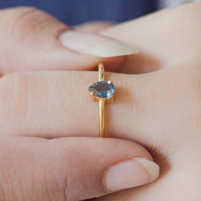 London Blue Topaz Gold Ring, Birthstone Ring, Engagement Ring, Teardrop Topaz  In New Condition For Sale In New York, NY