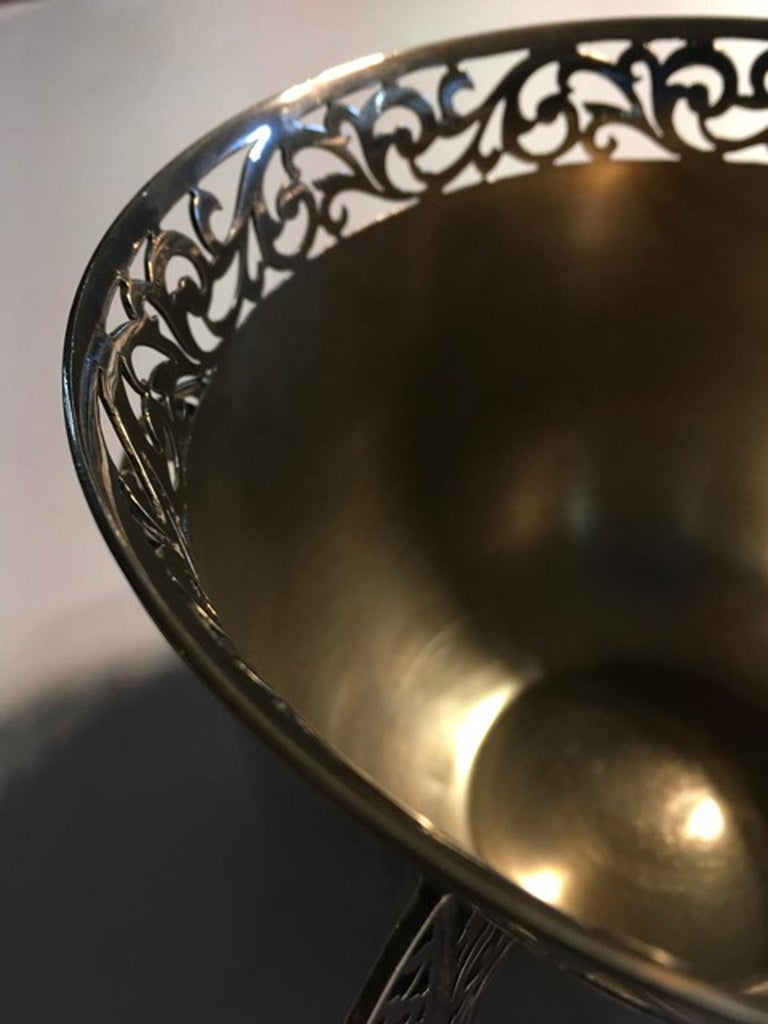 London Early 20th Century Bowl Centerpiece by Goldsmiths & Silversmiths For Sale 12