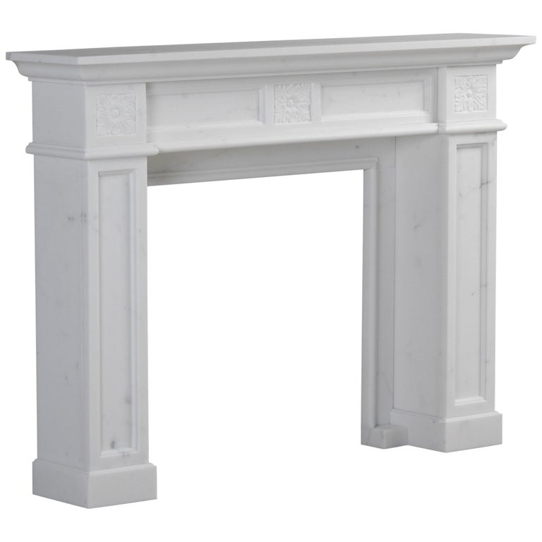 London Fireplace in Bianca Carrara Marble by Kreoo For Sale