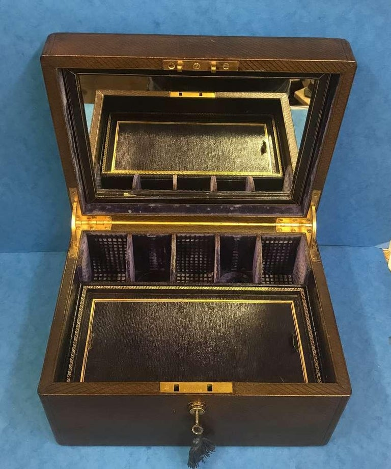 London Victorian 1863 Leather Vanity Box For Sale 1