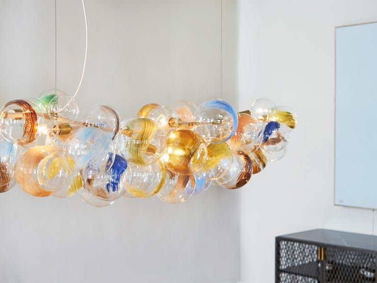 Contemporary Long 80 Strokes Bubble Chandelier in Satin Brass and Natural Cotton by Pelle For Sale