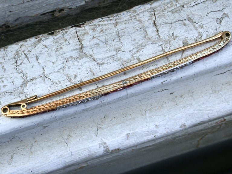 Long French Antique 18 Karat Yellow Gold Diamond and Ruby Bar Pin/ Brooch In Good Condition For Sale In San Francisco, CA