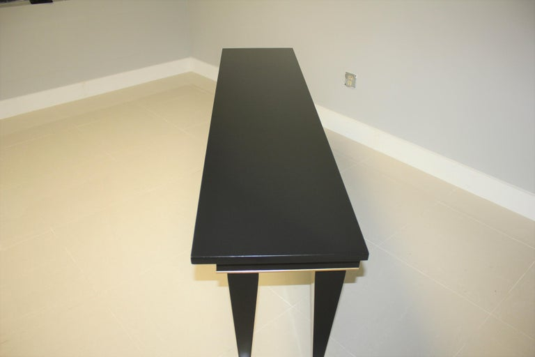 Long French Art Deco Style Ebonized Console Table, circa 1940s In Good Condition For Sale In Hialeah, FL