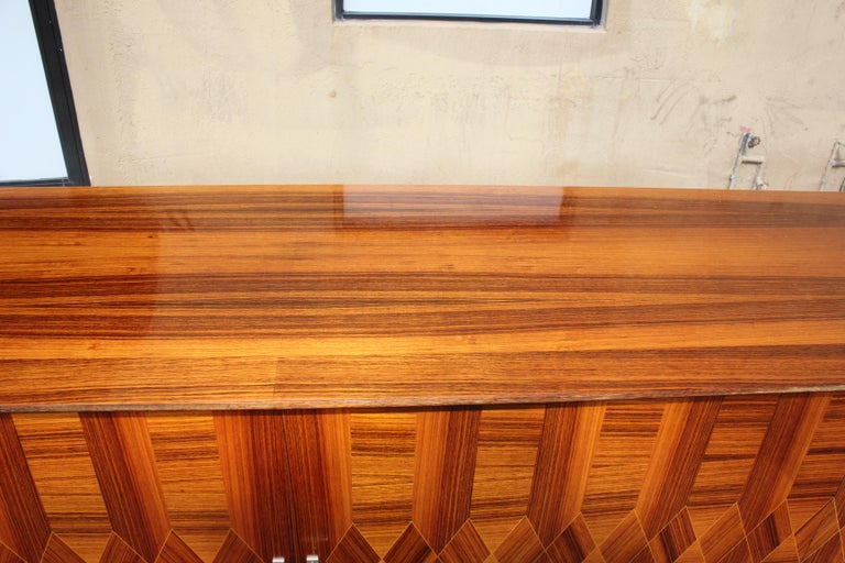 Long French Art Deco Exotic Macassar Ebony Buffet / Credenzas, 1940s For Sale 7