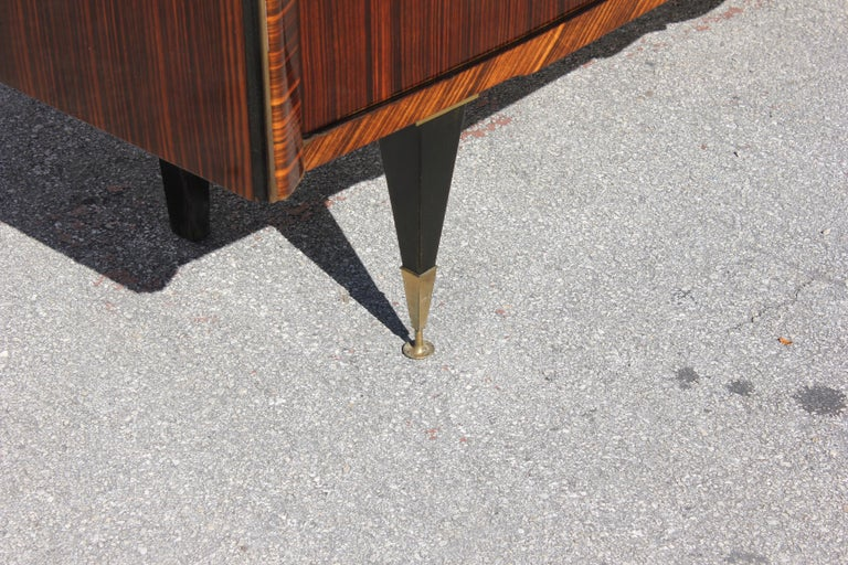 Long French Art Deco Macassar Ebony Mother-Of-Pearl Sideboard / Buffet / Bar . For Sale 10