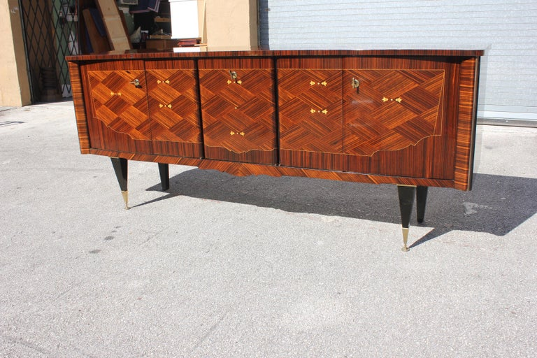 Mid-20th Century Long French Art Deco Macassar Ebony Mother-Of-Pearl Sideboard / Buffet / Bar . For Sale