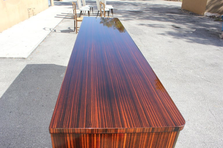Long French Art Deco Macassar Ebony Mother-Of-Pearl Sideboard / Buffet / Bar . For Sale 1