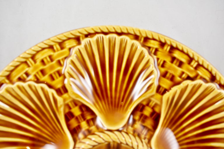 French Provincial Longchamp French Majolica Sienna Earthenware Basketweave & Shell Oyster Plate For Sale