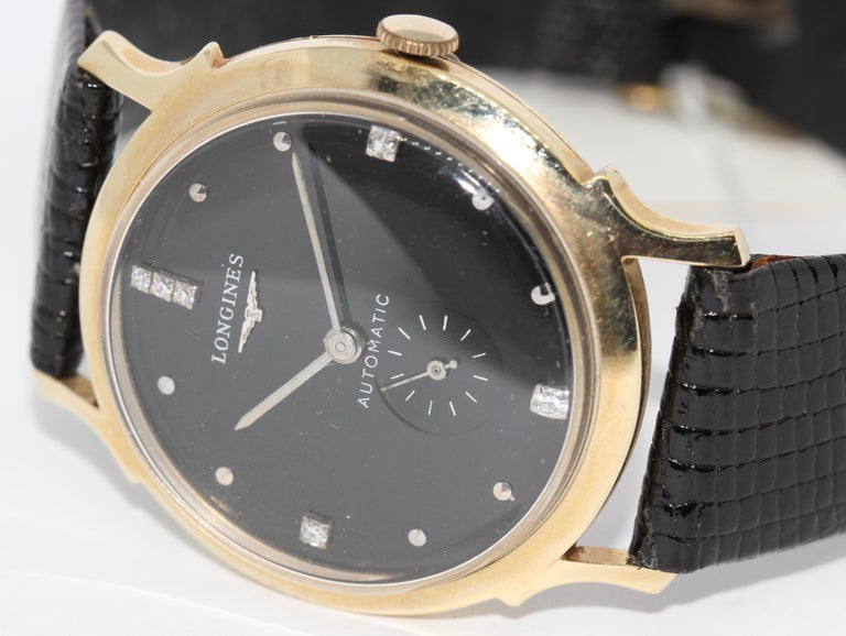 Longines Wittnauer New York Vintage Automatic 14K Gold Diamond Dial Wristwatch In Fair Condition For Sale In Berlin, DE