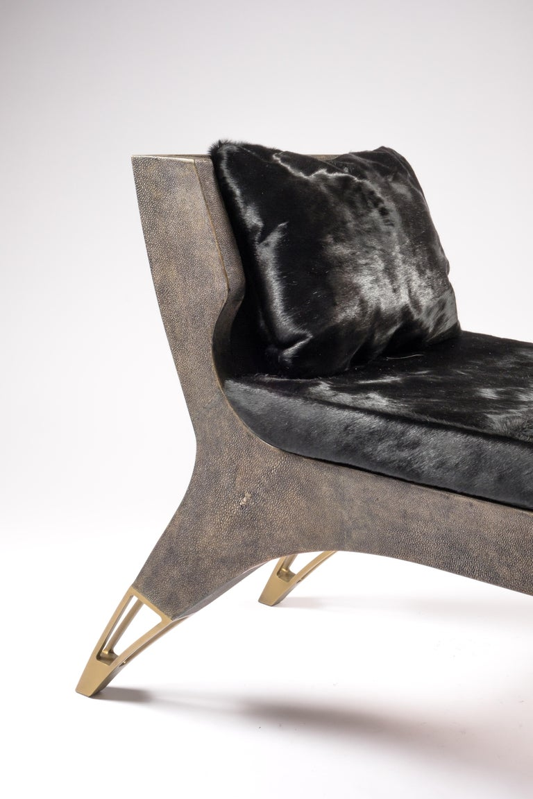 Contemporary Lord Bench in Cream Shagreen and Bronze-Patina Brass by R&Y Augousti For Sale