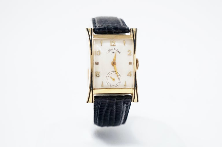 The Thornton is one of Elgin's signature watch designs in the mid 1950s. In typical Lord Elgin style, the case is 14K gold filled with a top of the line 21 jewel movement.  The size of this watch makes it ideal for either a man or woman.  DETAILS: -