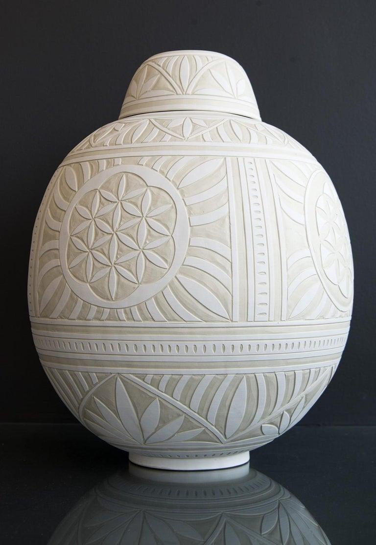 Large Engraved Ginger Jar - decorative, detailed, handcrafted, porcelain vessel - Sculpture by Loren Kaplan