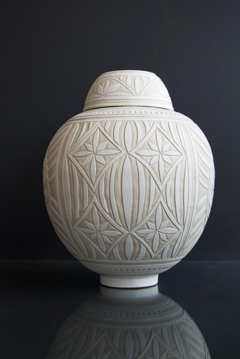 Medium Engraved Ginger Jar - decorative, detailed, handcrafted, porcelain vessel - Contemporary Sculpture by Loren Kaplan