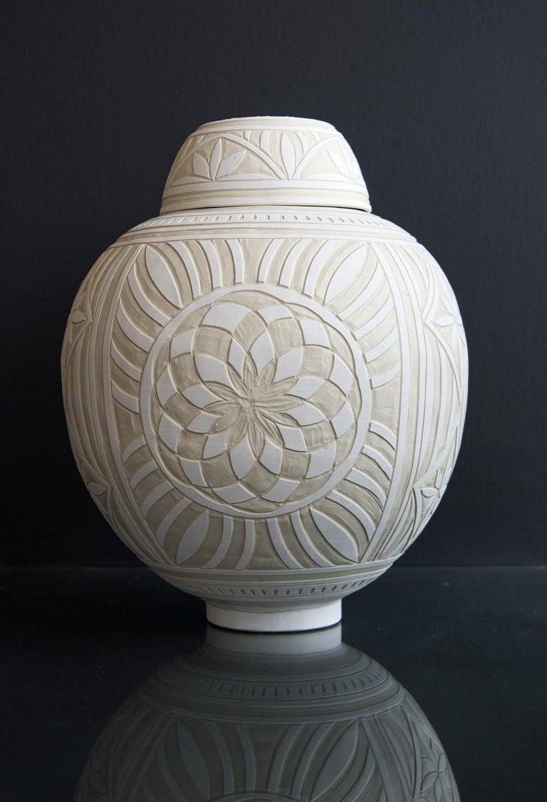 Loren Kaplan Abstract Sculpture - Medium Engraved Ginger Jar - decorative, detailed, handcrafted, porcelain vessel