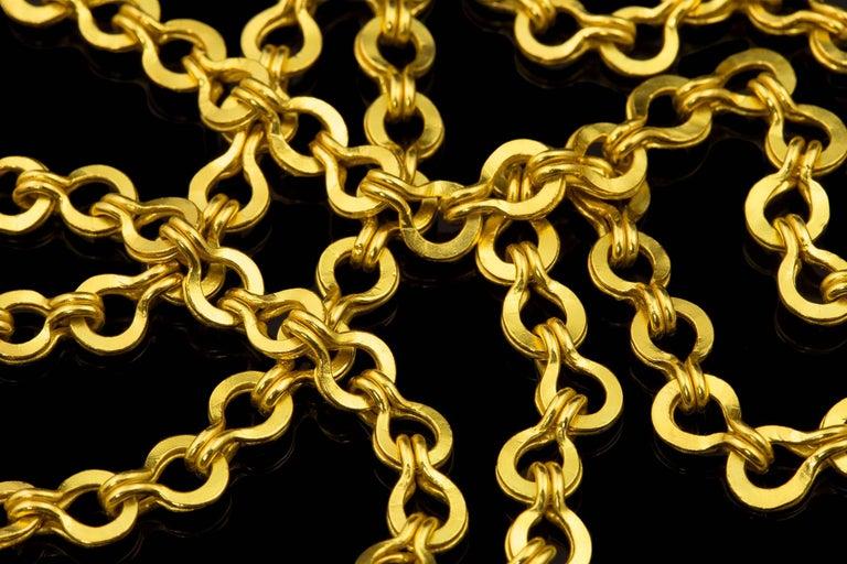Classical Roman 22 Karat Gold Handmade Woven Roman Link Chain Necklace For Sale