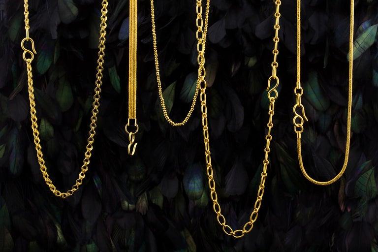 Women's 22 Karat Gold Handmade Woven Roman Link Chain Necklace For Sale