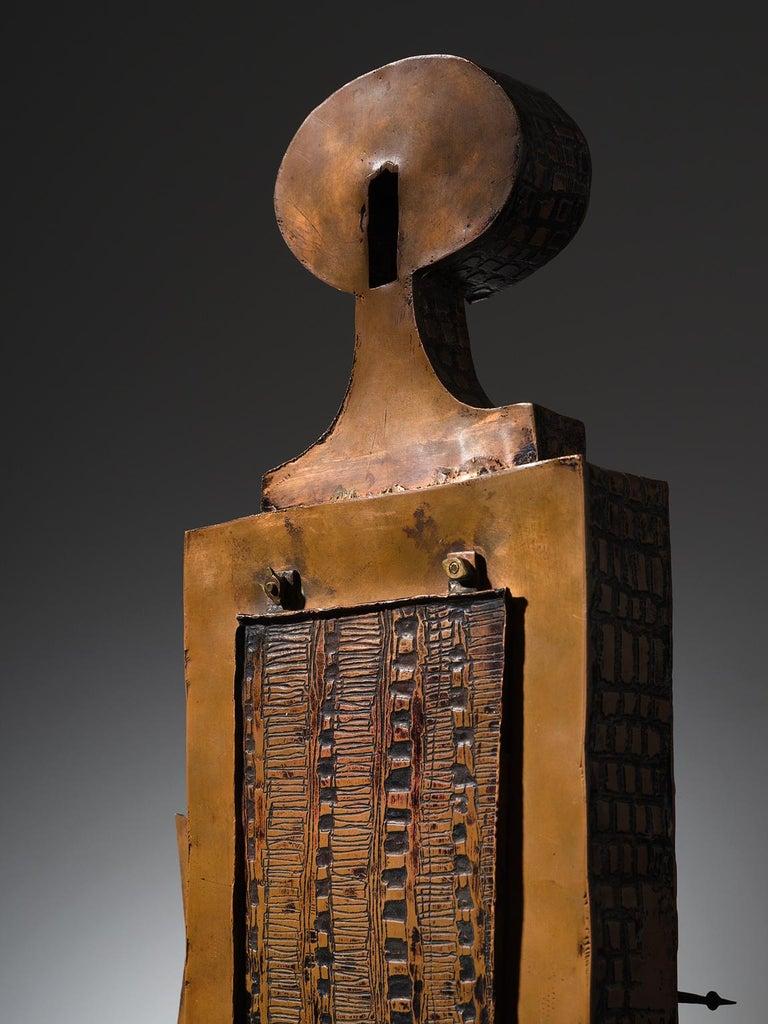 Lorenzo Burchiellaro Figurative Table Clock in Metal In Good Condition In Waalwijk, NL