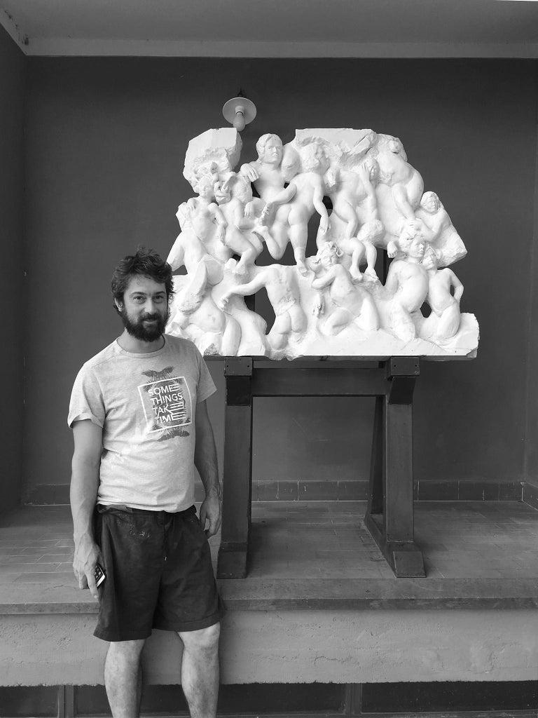 Danza ( Dance ) - hand carved figurative Carrara marble sculpture For Sale 2