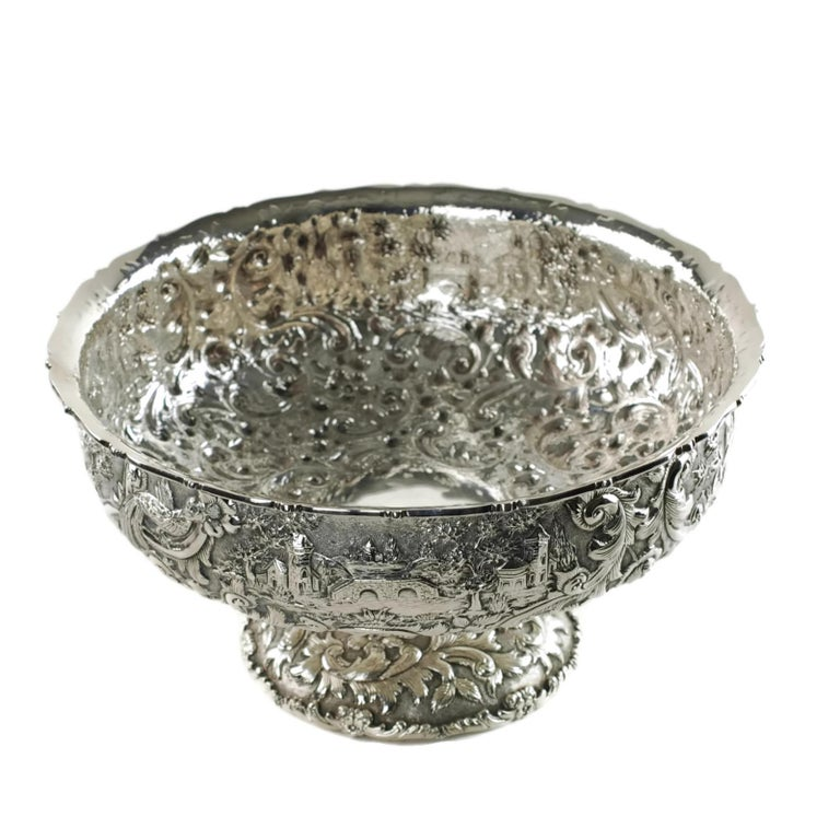 Loring Andrews Repoussé Sterling Silver Footed Centerpiece Bowl Castle Pattern In Good Condition For Sale In Cincinnati, OH