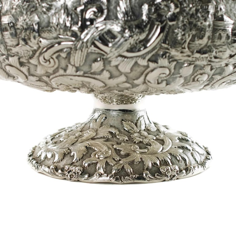 Loring Andrews Repoussé Sterling Silver Footed Centerpiece Bowl Castle Pattern For Sale 2