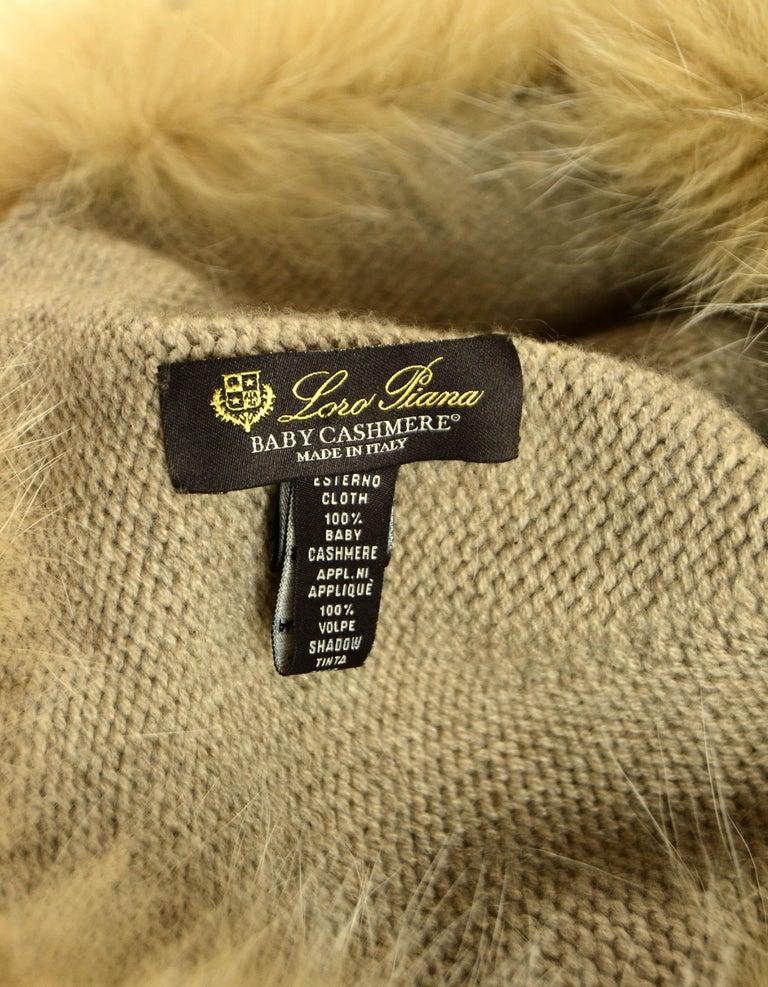 Women's Loro Piana Beige Cashmere Knit Hat w/Fox Trim For Sale