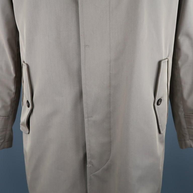 LORO PIANA L Khaki Detachable Hood Storm System Rain Coat In New Condition For Sale In San Francisco, CA