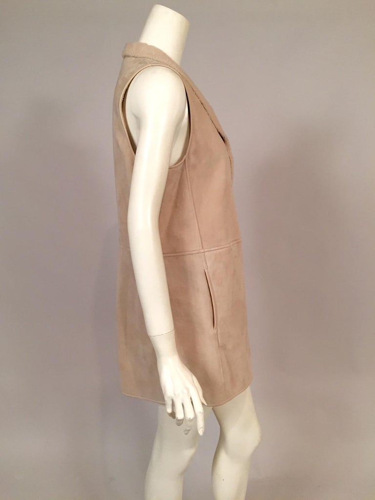 Loro Piana Light Weight Beige Shearling Vest Jacket Larger Size In Excellent Condition For Sale In New Hope, PA