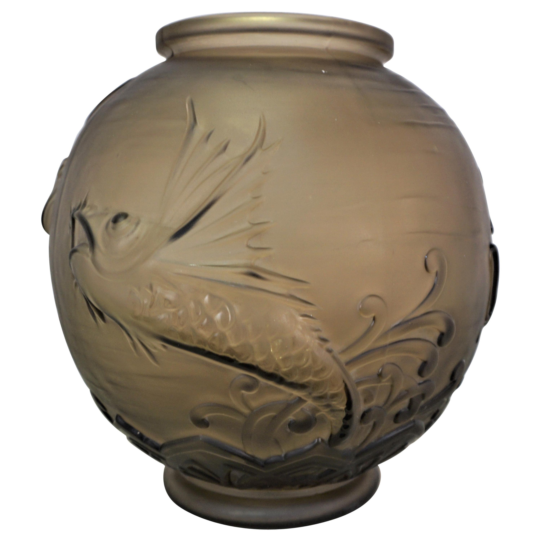 Lorrain/ Daum Art Deco Glass Fish Vase