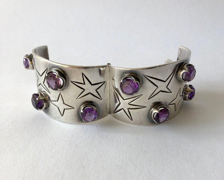 Los Ballesteros Sterling Silver Amethyst Mexican Modernist Star Cuff Bracelet In Good Condition For Sale In Los Angeles, CA