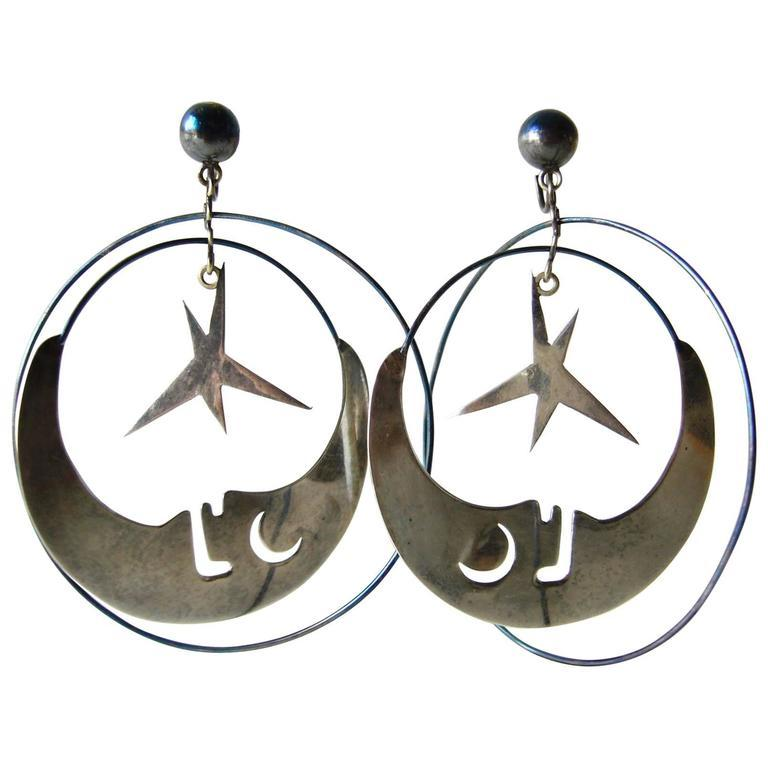 Los Castillo Mexican Sterling Silver Moon And Stars Mobile Earrings In Good Condition For Sale In Los Angeles, CA