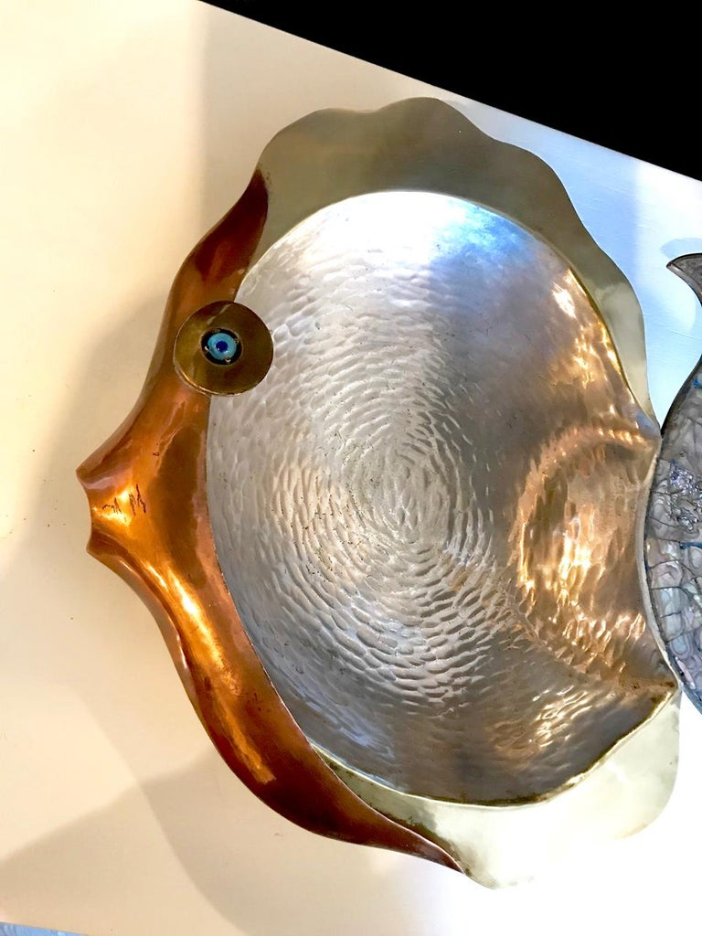 Los Castillo Mixed Metal and Abalone Fish Platter, Mid-20th Century For Sale 1