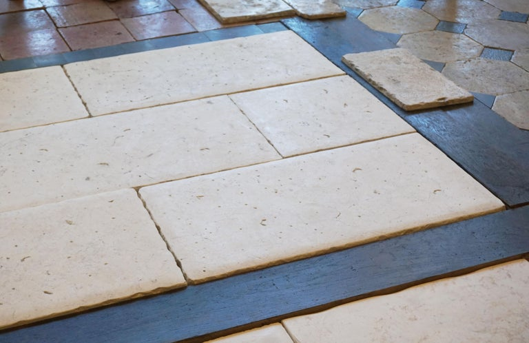 Contemporary Lot of 300 Sq. Ft. Limestone Flooring from Jericho For Sale