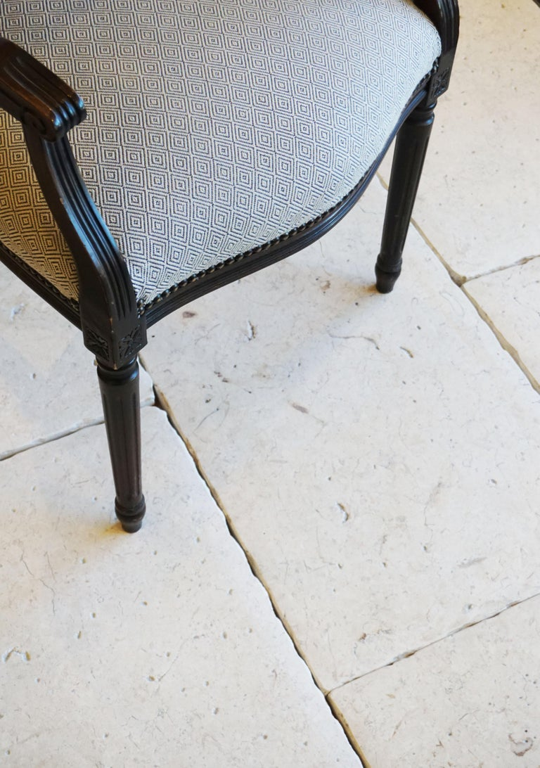 Lot of 300 Sq. Ft. Limestone Flooring from Jericho For Sale 1