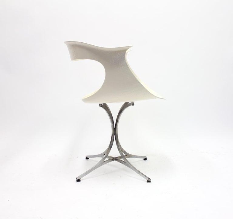 Fiberglass Lotus Chair by Erwine & Estelle Laverne for Laverne International, 1960s For Sale