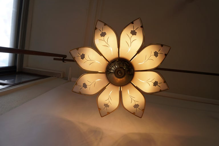 Lotus Chandelier in Brass and White Murano Glass For Sale 2