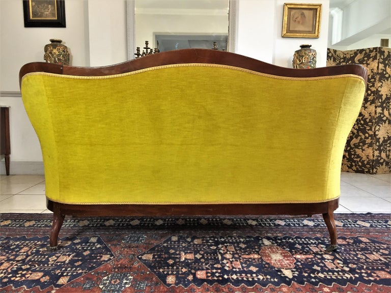 Louis XV Style Bench Mahogany and Yellow Velvet Louis-Philippe Period circa 1840 For Sale 1
