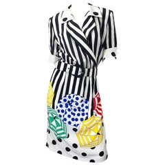 Louis Feraud 1980s Size 10 Novelty Umbrella Print Short Sleeve Vintage Dress 80s