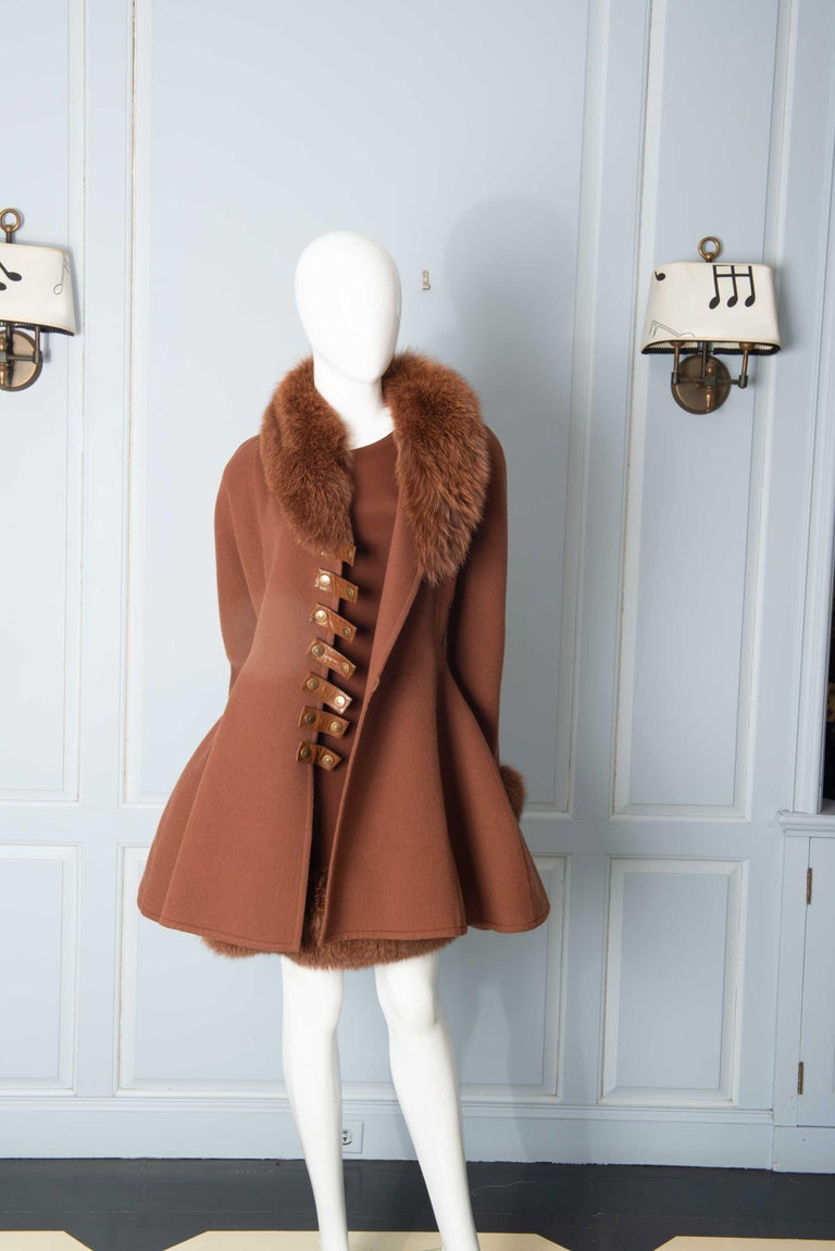 Louis Feraud Haute Couture Brown Silk, Cashmere, Fox Fur Dress and Coat In Excellent Condition In Stamford, CT