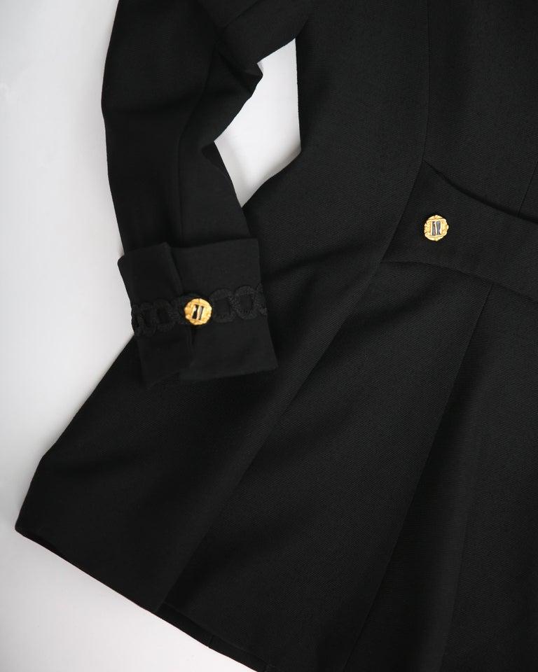 Louis Feraud vintage black gold button oversized braided blazer jacket For Sale 7