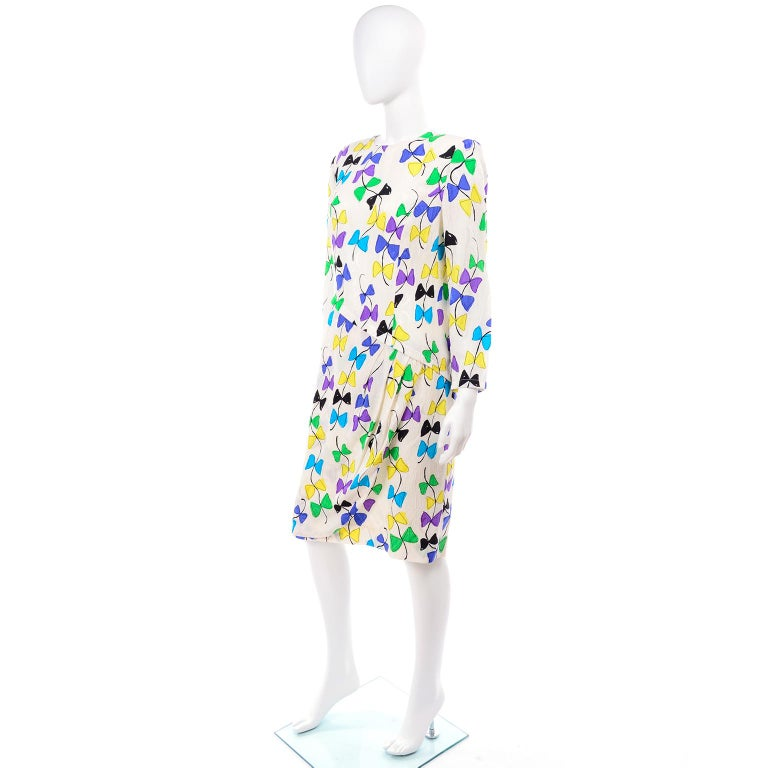 Louis Feraud Vintage Silk Dress in Colorful Kite String Bow Print In Excellent Condition For Sale In Portland, OR