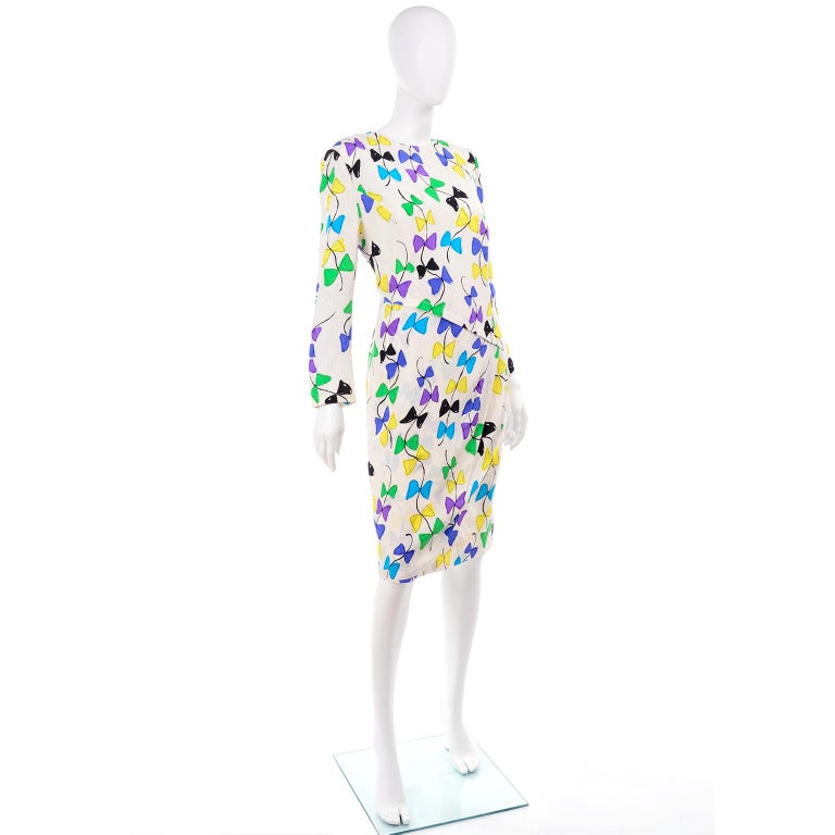 Louis Feraud Vintage Silk Dress in Colorful Kite String Bow Print For Sale 3
